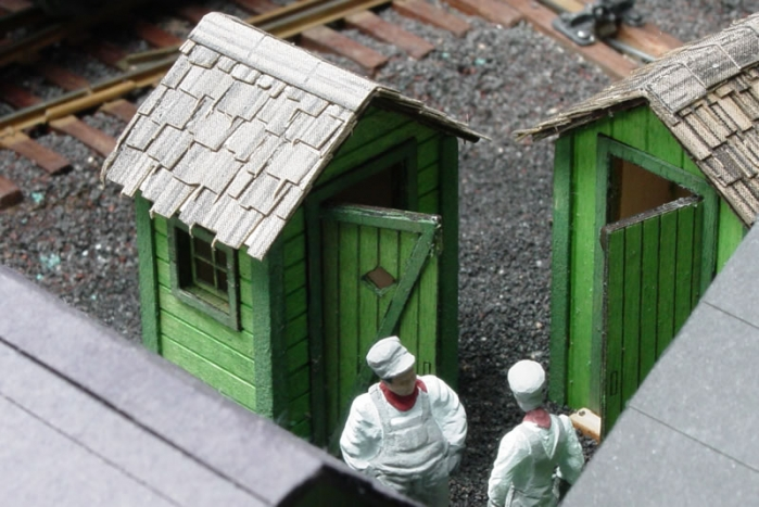 outhouses4